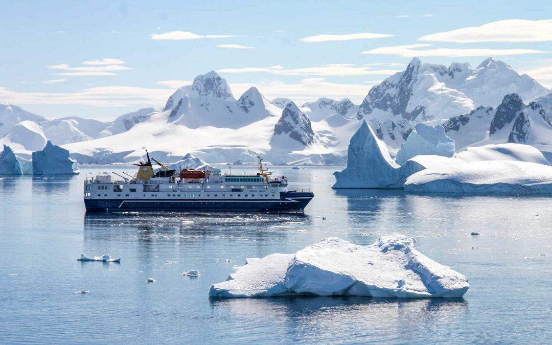 TOP ANTARCTICA CRUISES: Destinations, Ports, Itineraries, and Resources
