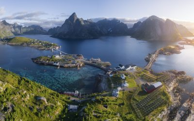 TOP SCANDINAVIA AND  NORTHERN EUROPEAN CRUISES: Destinations, Ports, Itineraries, and Resources
